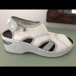 Shoes - Zees Comfort Shoes